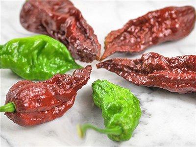 καυτερές πιπεριές χρώματα